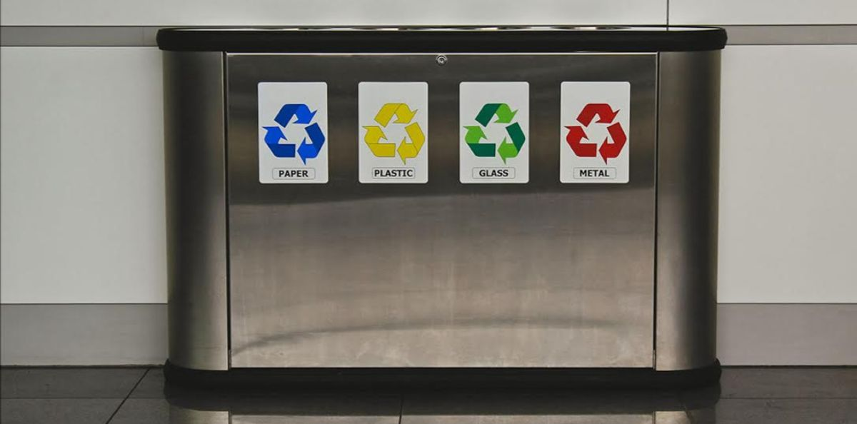 Compact, fully automated recycling system in each home