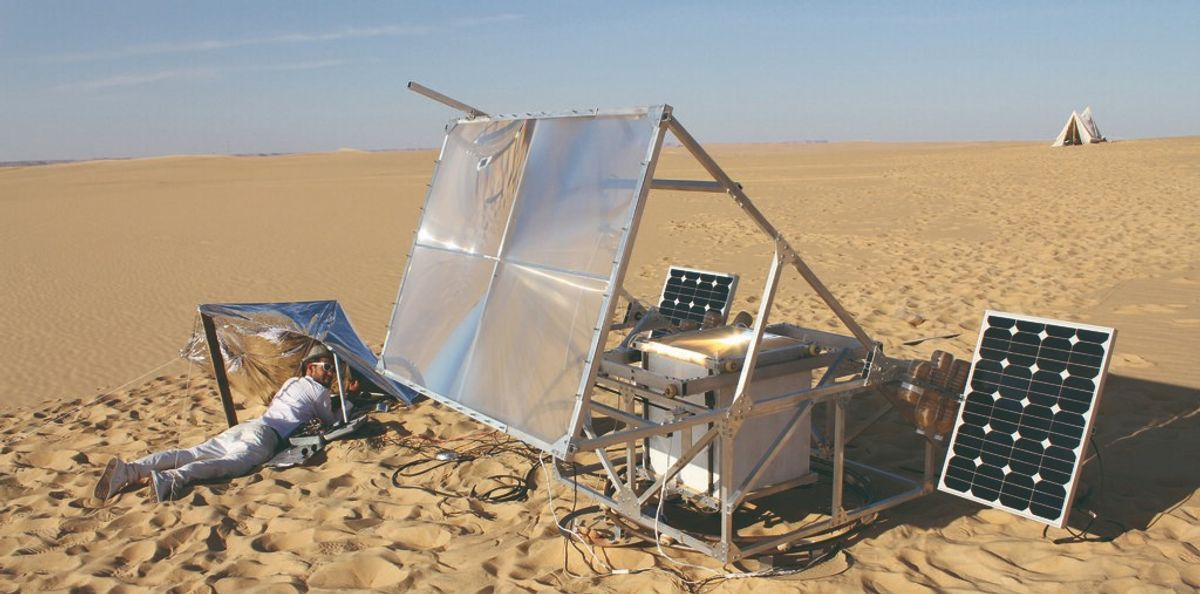 Sand melting, 3D-printing solar powered rovers